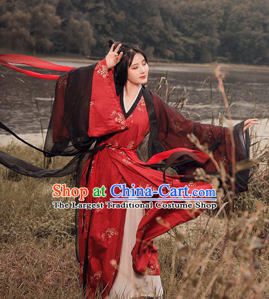 Traditional Chinese Han Dynasty Nobility Lady Costumes Ancient Swordswoman Embroidered Dress for Rich