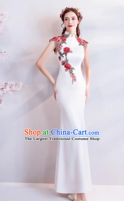 Chinese Traditional White Silk Cheongsam Wedding Bride Costume Compere Full Dress for Women