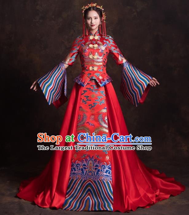 Chinese Traditional Red Xiuhe Suits Ancient Bride Embroidered Trailing Wedding Dress for Women