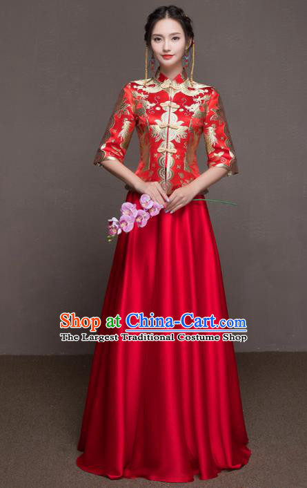 Chinese Traditional Embroidered Wedding Costumes Ancient Bride Red Silk Dress for Women