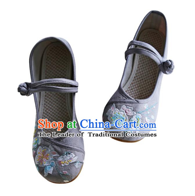 Traditional Chinese Shoes Wushu Shoes Hanfu Shoes Embroidered Shoes for Women