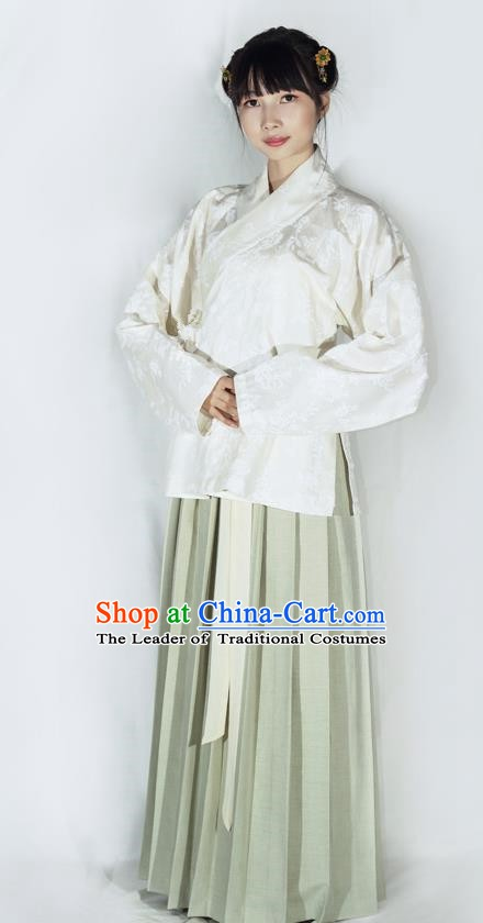 China Ancient Ming Dynasty Nobility Lady Hanfu Clothing for Women