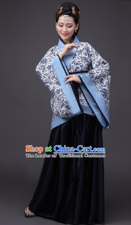 Chinese Han Dynasty Palace Princess Embroidered Costume Ancient Hanfu Curving-front Robe for Women