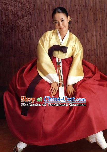 Korean Traditional Palace Clothing Hanbok Fashion Apparel Yellow Blouse and Wine Red Dress for Women