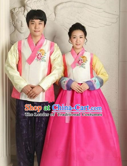 Asian Korean Traditional Wedding Couple Hanbok Ancient Palace Bride and Bridegroom Costumes