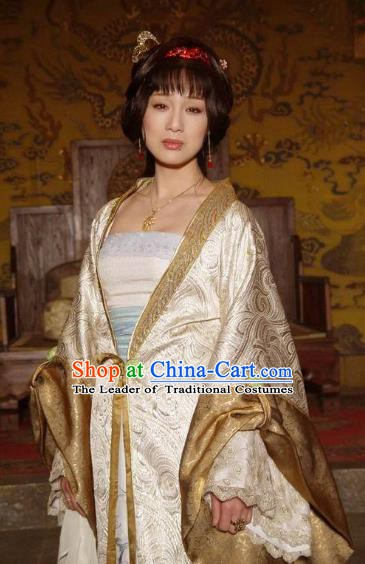 Chinese Ancient Ming Dynasty Empress of Yongle Embroidered Dress Costume for Women