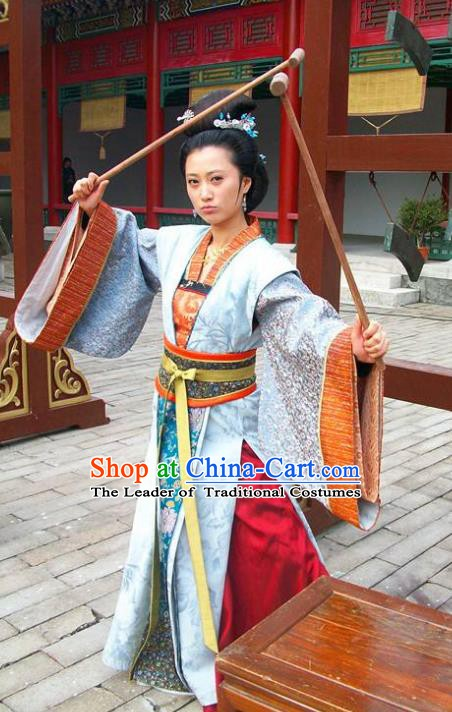 Ancient Chinese Ming Dynasty Imperial Consort of Zhu Youxiao Embroidered Historical Costume for Women