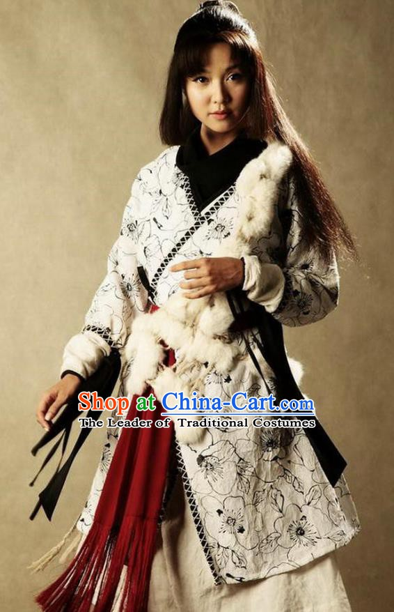 Ancient Chinese Ming Dynasty Female Swordsman Replica Costume for Women