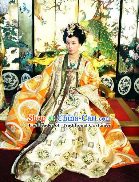 Chinese Tang Dynasty Imperial Consort Historical Costume Ancient Queen Wu Meiniang Replica Costume for Women