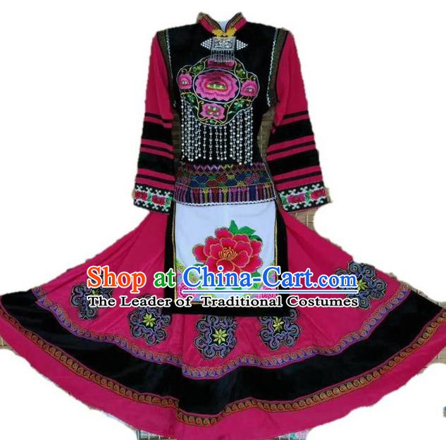 Traditional Chinese Yi Nationality Minority Embroidered Costume, Female Folk Dance Rosy Dress for Women