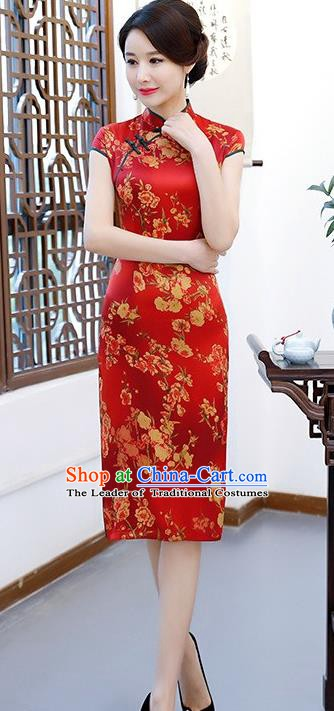Chinese Traditional Elegant Red Silk Cheongsam National Costume Wedding Qipao Dress for Women