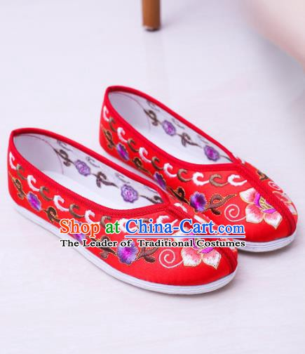 Chinese Traditional Handmade Embroidery Shoes Red Embroidered Shoes for Women