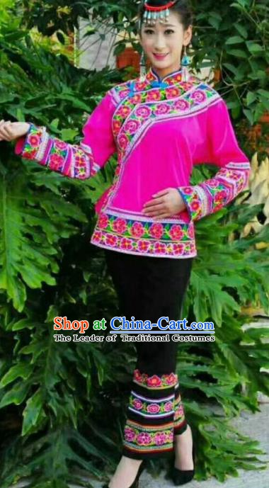 Traditional Chinese Miao Nationality Dance Costume Chinese Hmong Minority Embroidered Costume for Women