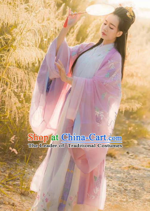 Chinese Traditional Jin Dynasty Palace Princess Hanfu Dress Ancient Nobility Lady Embroidered Clothing for Women