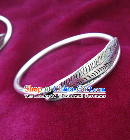 Handmade Chinese Miao Nationality Carving Leaf Bracelet Traditional Hmong Sliver Bangle for Women
