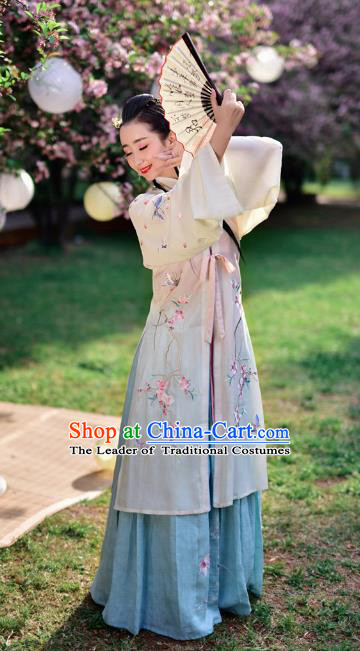 Chinese Ming Dynasty Dancer Embroidered Costume Ancient Palace Lady Hanfu Dress for Women