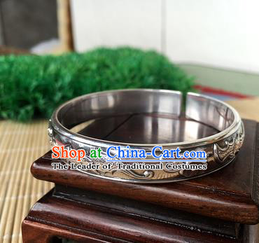 Handmade Chinese Miao Nationality Sliver Bracelet Traditional Hmong Carving Bat Bangle for Women