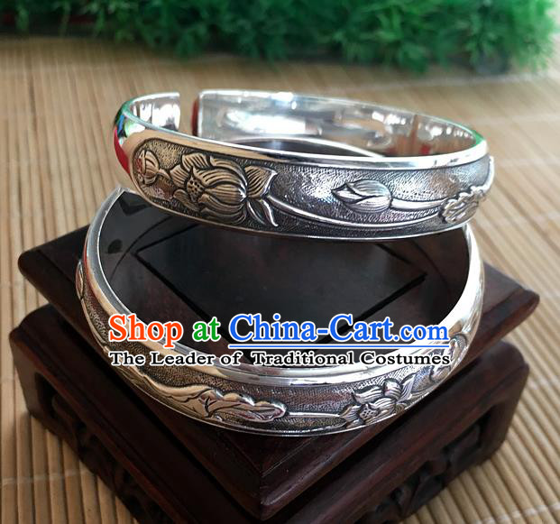 Handmade Chinese Miao Nationality Craft Carving Lotus Leaf Sliver Bracelet Traditional Hmong Bangle for Women