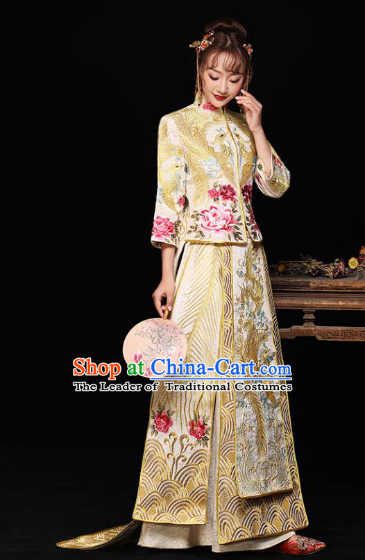 Chinese Ancient Wedding Costumes Bride Formal Dresses Embroidered Peony Yellow Longfenggua XiuHe Suit for Women