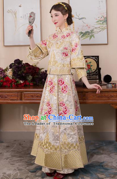 Chinese Ancient Bride White Formal Dresses Wedding Costume Embroidered Peony Longfenggua XiuHe Suit for Women