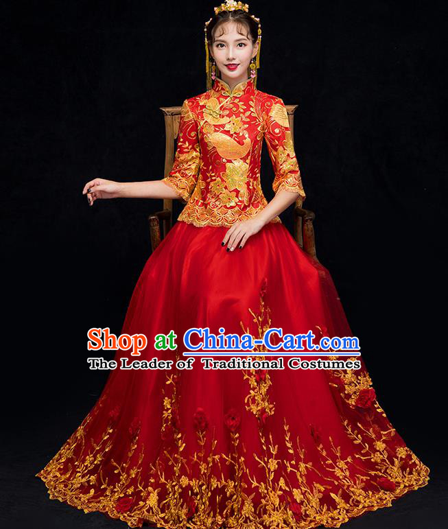 Chinese Traditional Embroidered Xiuhe Suit Wedding Dress Ancient Bride Cheongsam for Women