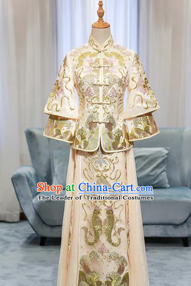Chinese Traditional Bride Embroidered Double Fishes Golden Cheongsam Xiuhe Suit Ancient Wedding Longfeng Flown Dress for Women