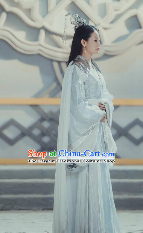 Chinese Ancient Peri Hanfu Dress The Honey Sank Like Frost Queen Costumes and Headpiece for Women