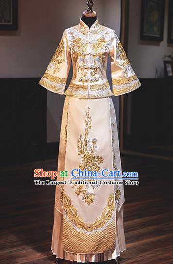 Chinese Traditional Wedding Costumes Bride Toast White Xiuhe Suits Ancient Embroidered Peony Full Dress for Women