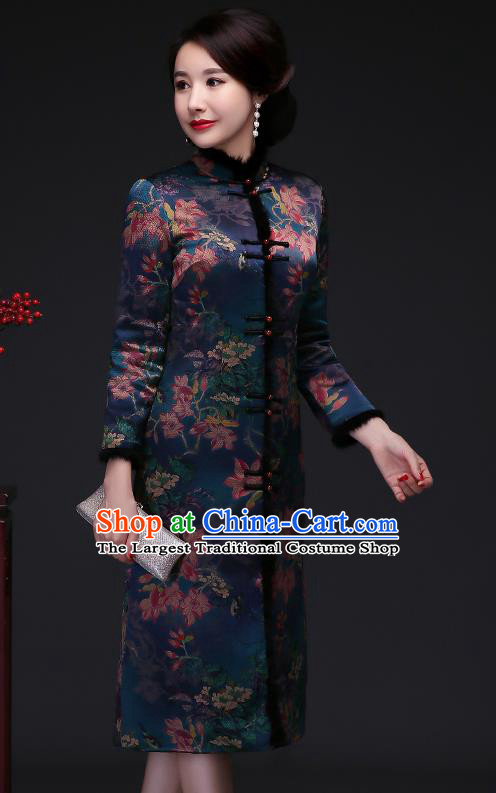 Traditional Chinese Green Silk Cheongsam Cotton Padded Coat Mother Tang Suit Stand Collar Overcoat for Women