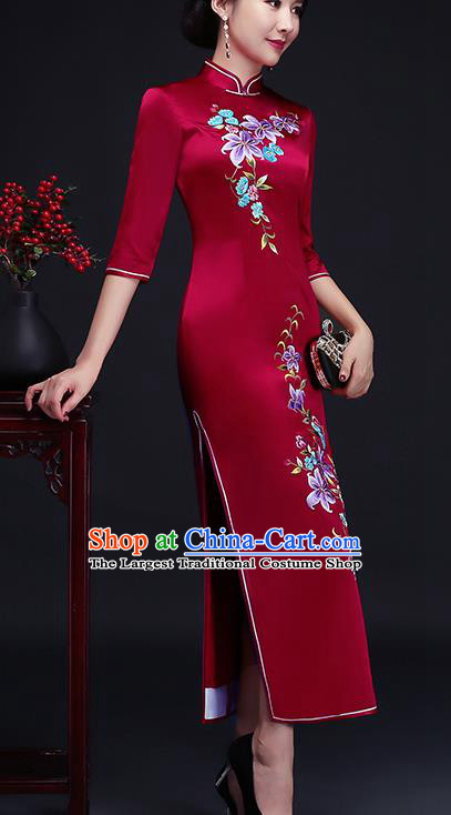 Traditional Chinese Embroidered Red Silk Cheongsam Mother Tang Suit Qipao Dress for Women