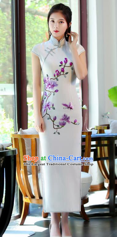 Traditional Chinese Embroidered Magnolia White Silk Cheongsam Mother Tang Suit Qipao Dress for Women