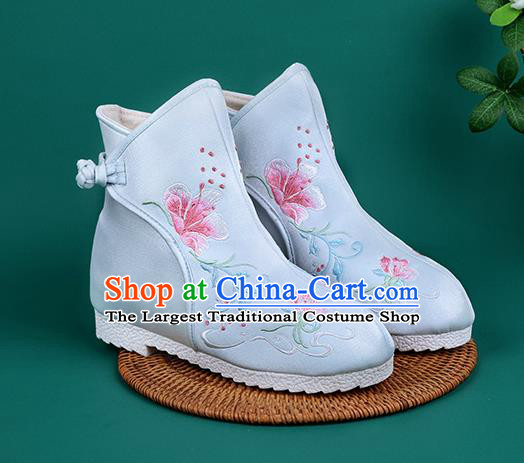 Handmade Chinese Light Blue Cloth Boots Traditional Embroidered Boots Hanfu Shoes for Women
