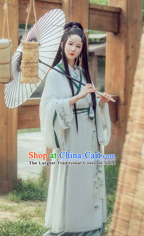 Chinese Traditional Jin Dynasty Princess Replica Costume Ancient Swordswomen Dress for Women