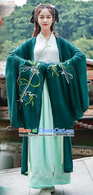 Chinese Ancient Traditional Hanfu Dress Jin Dynasty Swordswomen Embroidered Replica Costume for Women