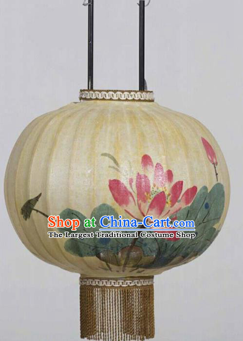 Chinese Traditional Ink Painting Red Lotus Round Lantern Handmade New Year Palace Lanterns