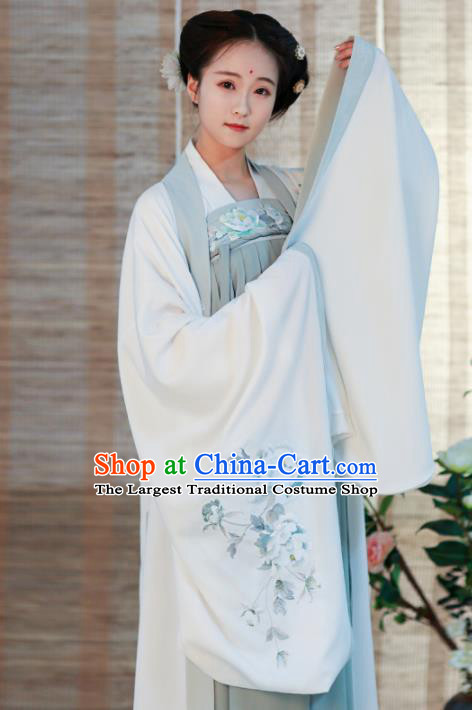 Chinese Song Dynasty Imperial Consort Historical Costume Traditional Ancient Peri Embroidered Hanfu Dress for Women