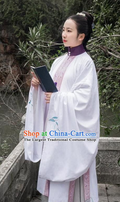 Chinese Traditional Ming Dynasty Imperial Consort Historical Costume Ancient Royal Dowager Embroidered Dress for Women