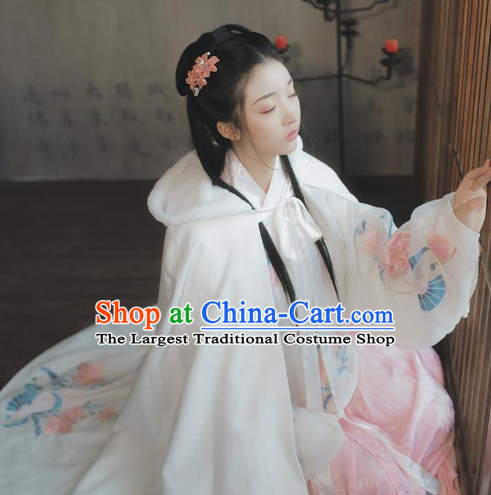 Chinese Ancient Female Swordsman Hanfu White Cape Traditional Ming Dynasty Palace Lady Costume for Women