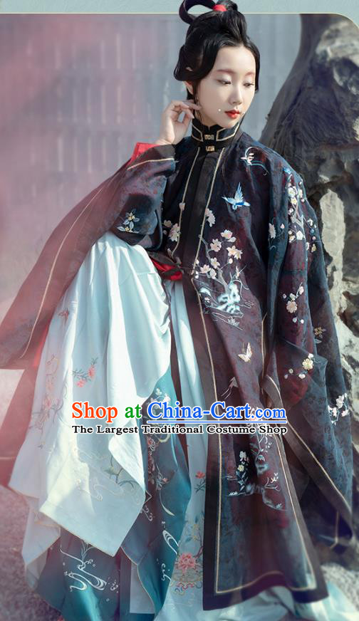 Chinese Traditional Ming Dynasty Noble Female Historical Costumes Ancient Royal Countess Hanfu Dress Embroidered Gown and Skirt for Women