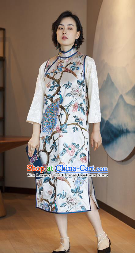 China Traditional Embroidered Peacock Sleeveless Cheongsam National Women Clothing Classical White Silk Qipao Dress