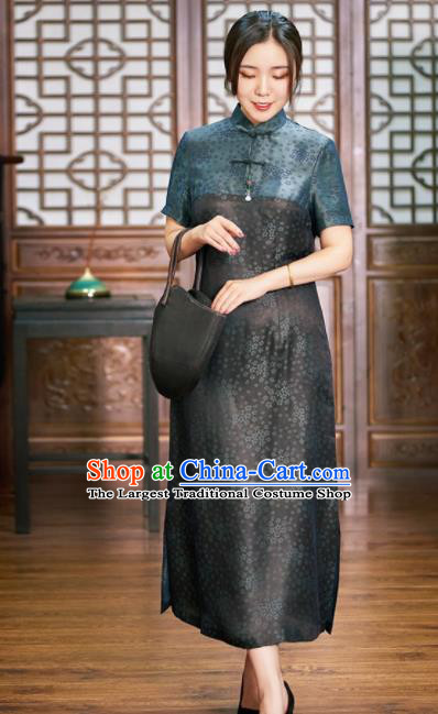 Traditional Chinese Graceful Black Cheongsam Tang Suit Silk Qipao Dress for Women