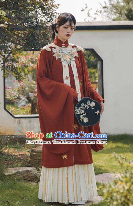 Chinese Ancient Patrician Lady Embroidered Blouse Traditional Ming Dynasty Princess Costume for Women