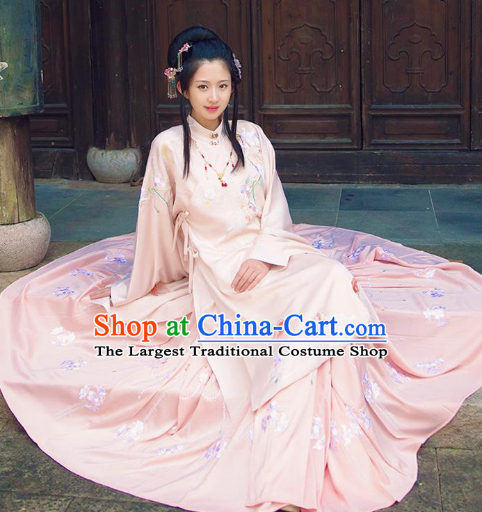 Chinese Ancient Ming Dynasty Court Infanta Embroidered Dress Traditional Patrician Lady Costume for Women