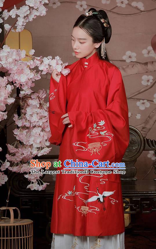 Chinese Ancient Noble Lady Hanfu Garment Traditional Ming Dynasty Embroidered Red Blouse and White Skirt Costumes Full Set