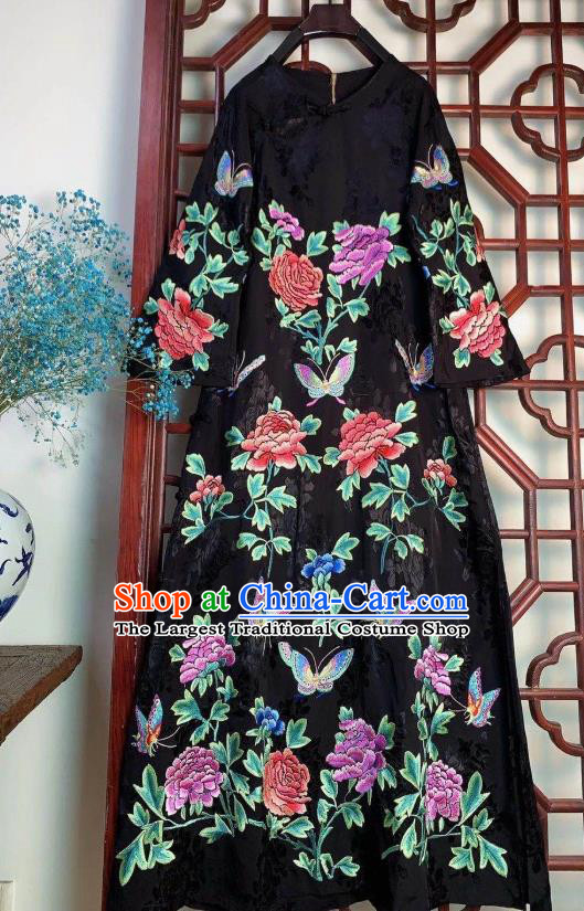 Chinese Traditional Embroidered Peony Long Cheongsam Clothing National Black Silk Qipao Dress