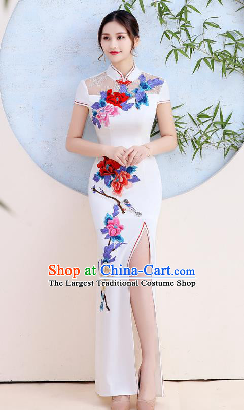 China Stage Show Clothing Woman White Satin Qipao Dress Catwalks Embroidery Peony Cheongsam